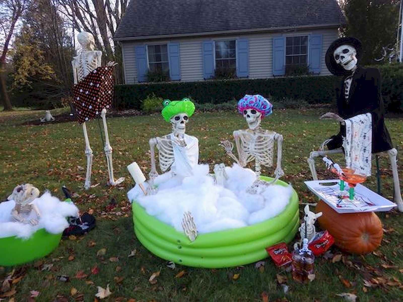 35 Best Creative Diy Halloween Outdoor Decorations For
