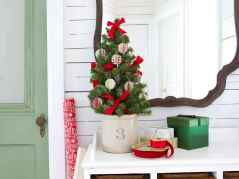 40 Cheap and Easy Christmas Decorations for Your Apartment Ideas (4)