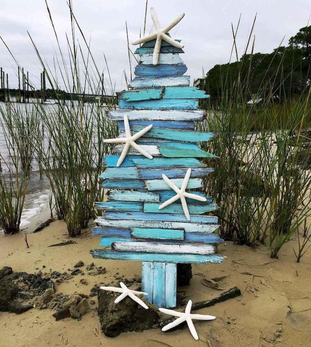 40 Coastal Christmas Decor Ideas And Makeover (16)