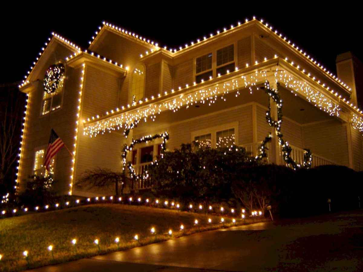 50 Awesome Outdoor Christmas Decor Ideas And Makeover (10)