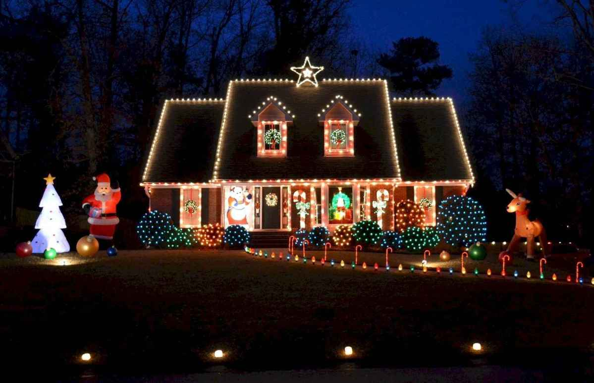 50 Awesome Outdoor Christmas Decor Ideas And Makeover (16)