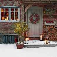 50 Awesome Outdoor Christmas Decor Ideas And Makeover (19)
