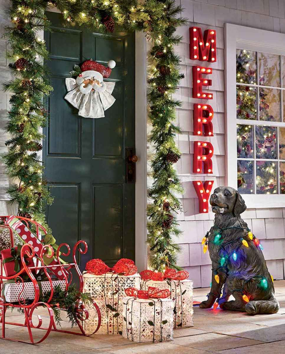 50 Awesome Outdoor Christmas Decor Ideas And Makeover (21)