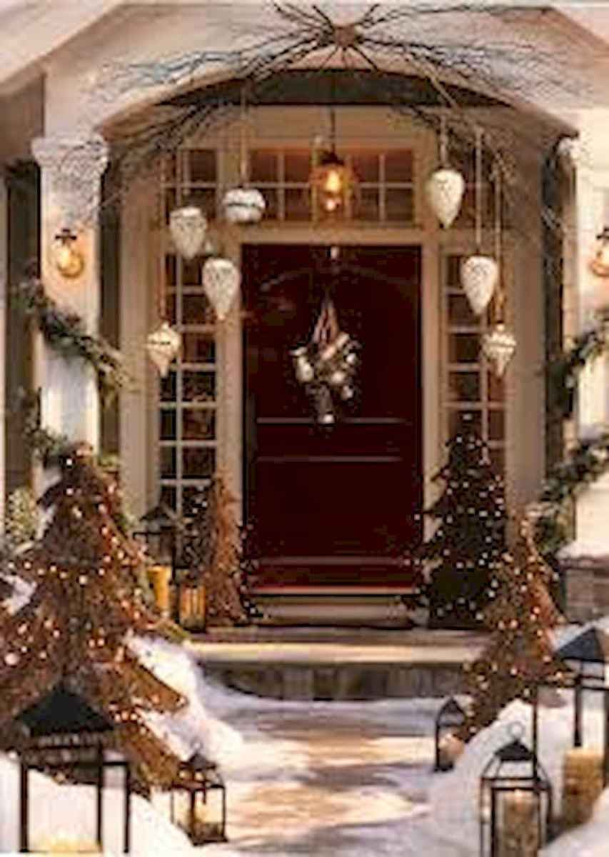 50 Awesome Outdoor Christmas Decor Ideas And Makeover (30)
