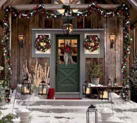 50 Christmas Front Porch Decor Ideas And Makeover (5)