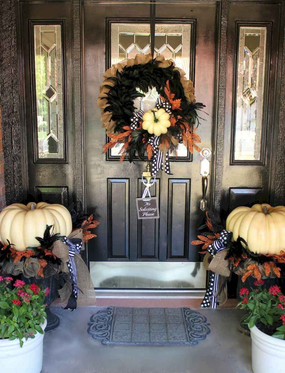 50 Christmas Front Porch Decor Ideas And Makeover (8)