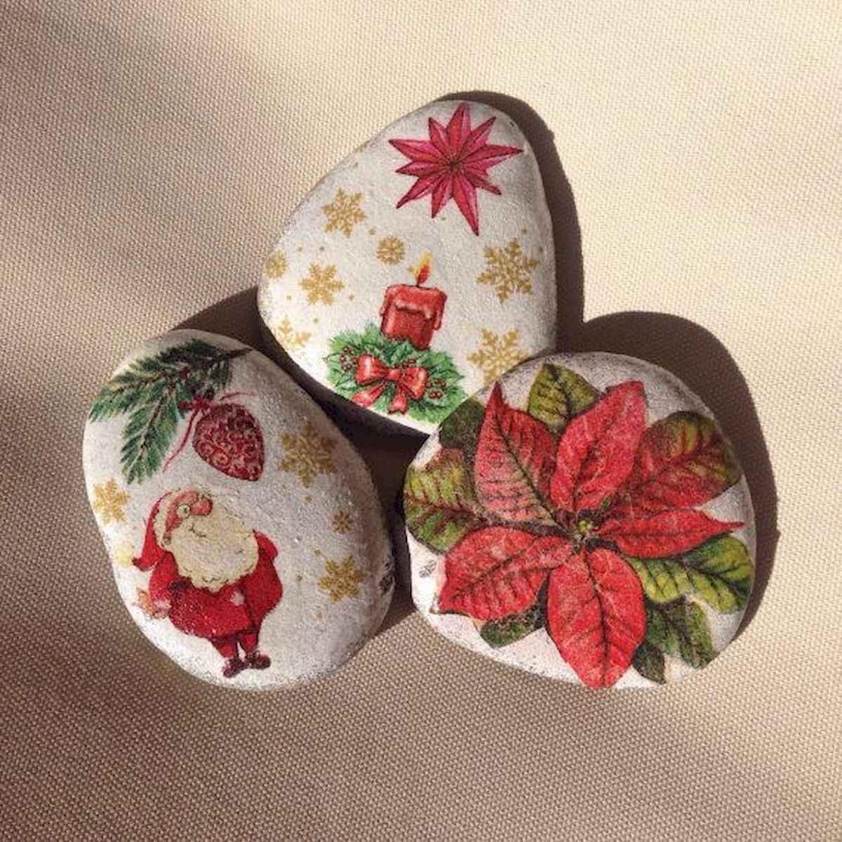 50 Easy DIY Christmas Painted Rock Design Ideas (26)