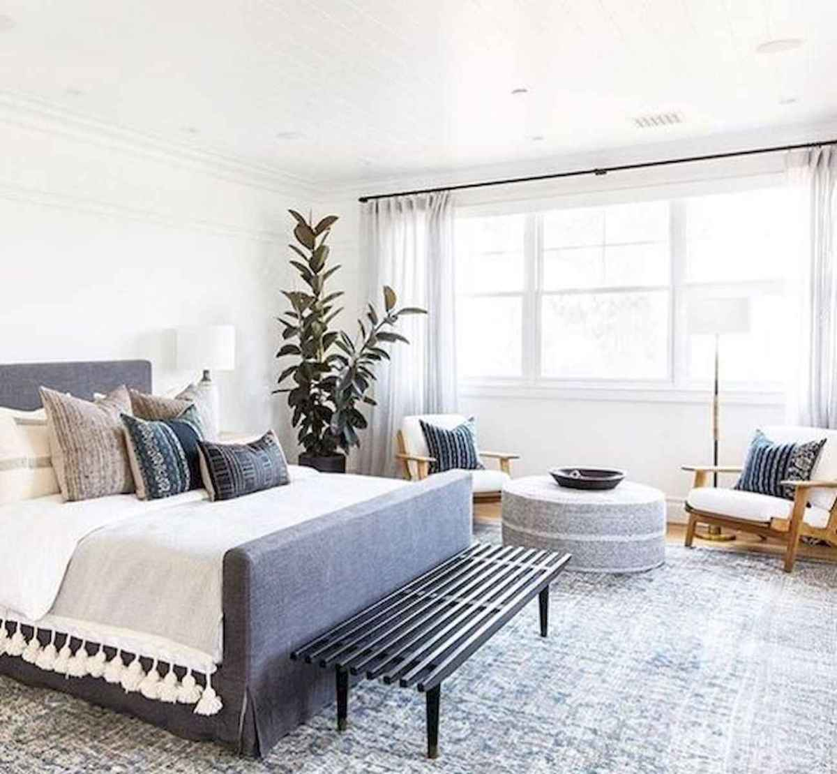120 Awesome Farmhouse Master Bedroom Decor Ideas (21)