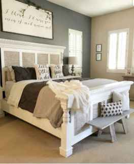 120 Awesome Farmhouse Master Bedroom Decor Ideas (5)