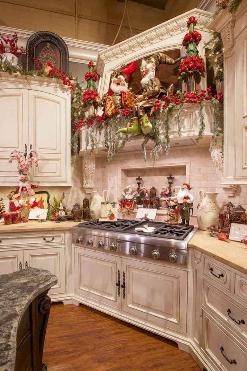 20 Elegant Christmas Kitchen Decor Ideas And Makeover (16)