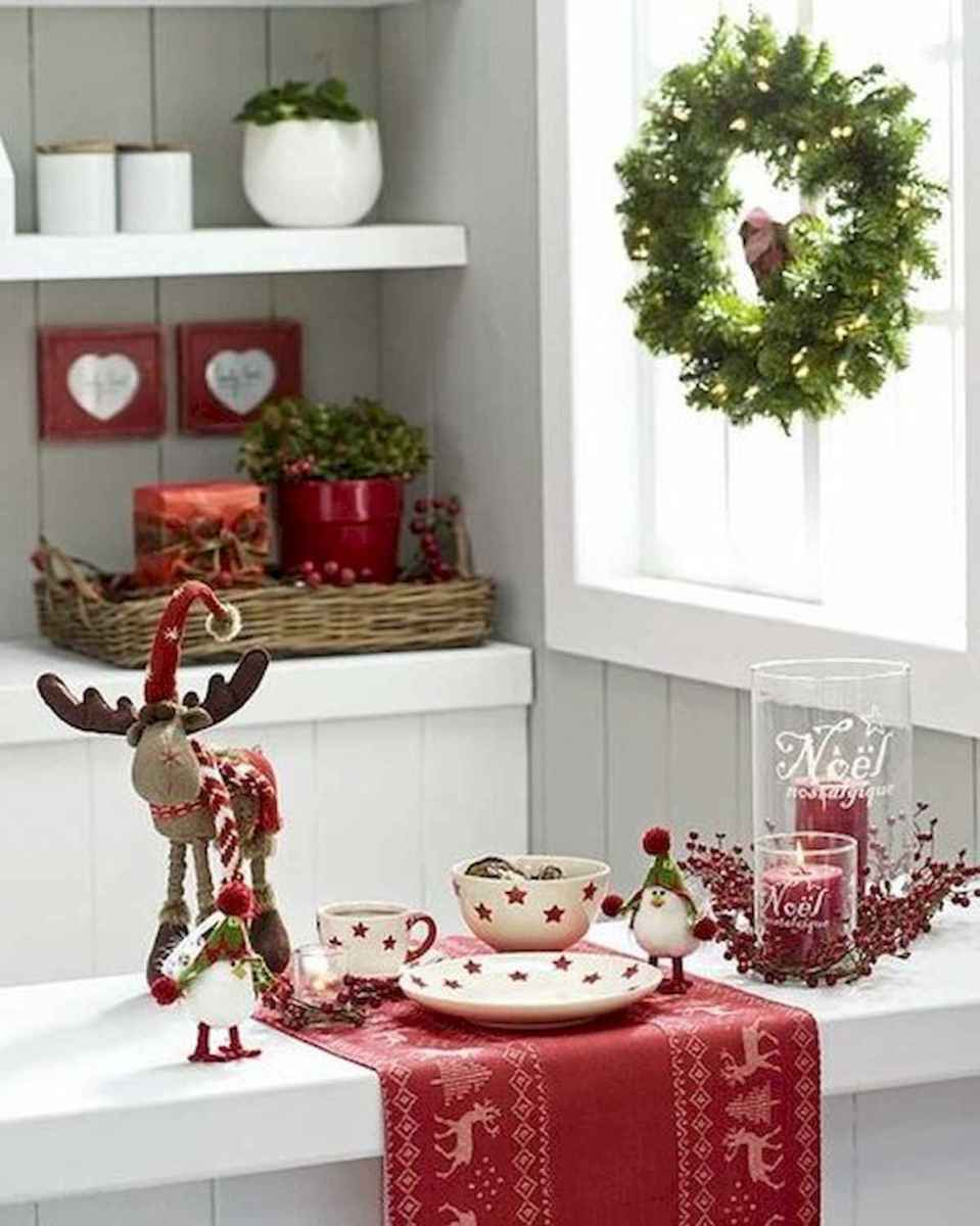 20 Elegant Christmas Kitchen Decor Ideas And Makeover (18)
