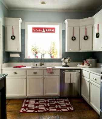 20 Elegant Christmas Kitchen Decor Ideas And Makeover (6)