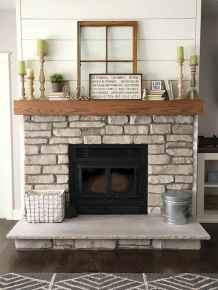 40 Awesome Fireplace Makeover For Farmhouse Home Decor (20)