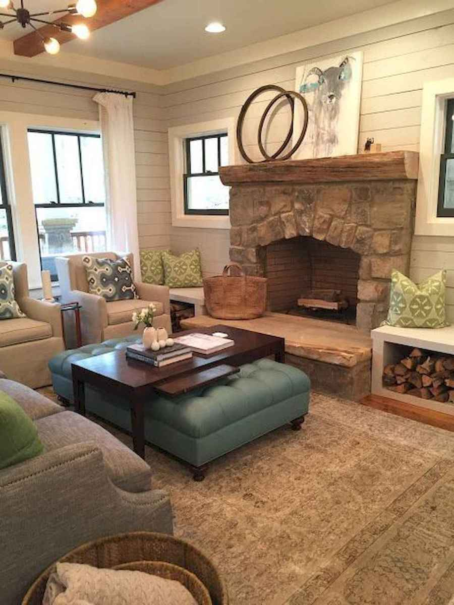 40 Awesome Fireplace Makeover For Farmhouse Home Decor (21)