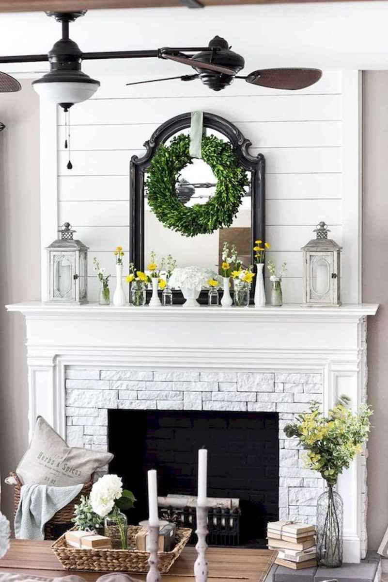 40 Awesome Fireplace Makeover For Farmhouse Home Decor (38)