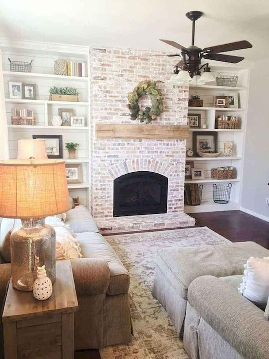 40 Best Modern Farmhouse Fireplace Mantel Decor Ideas (9)