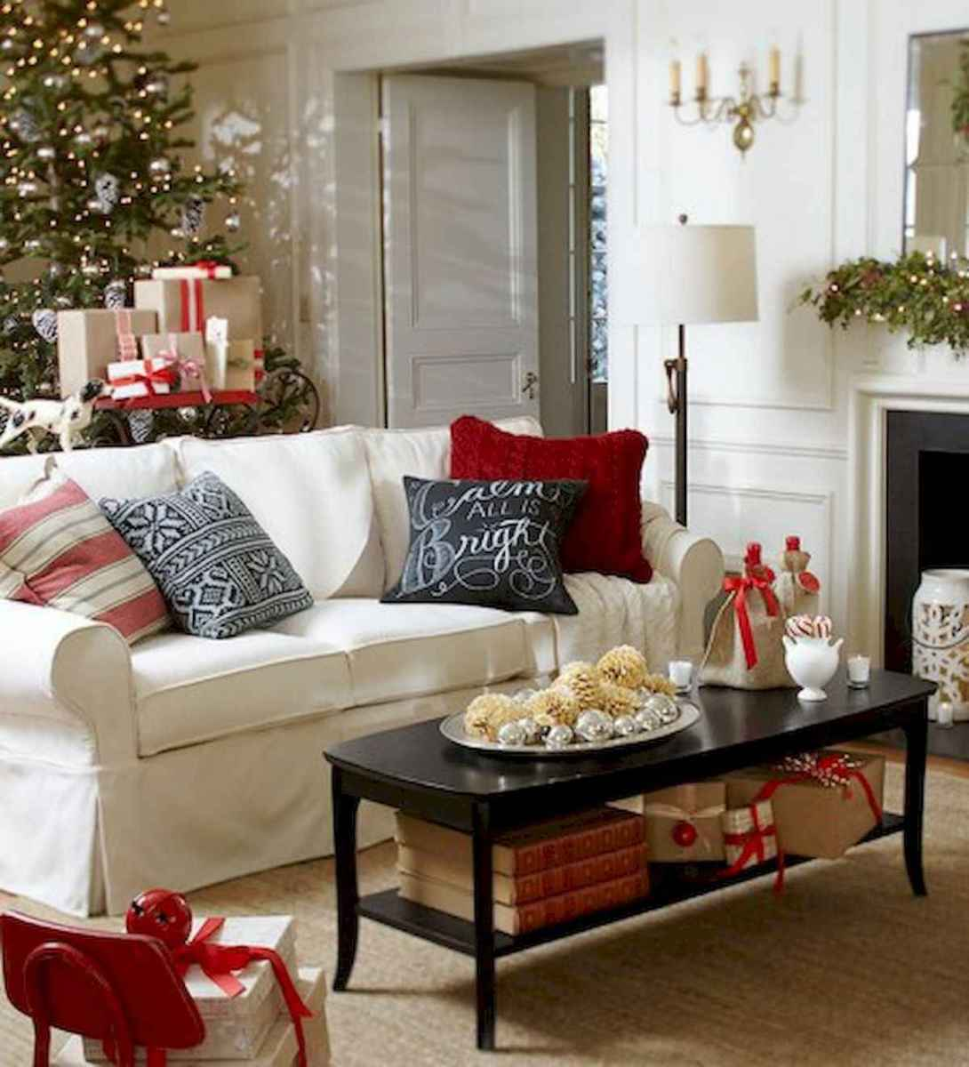 60 Awesome Farmhouse Christmas Decorating Ideas And Makeover (10)