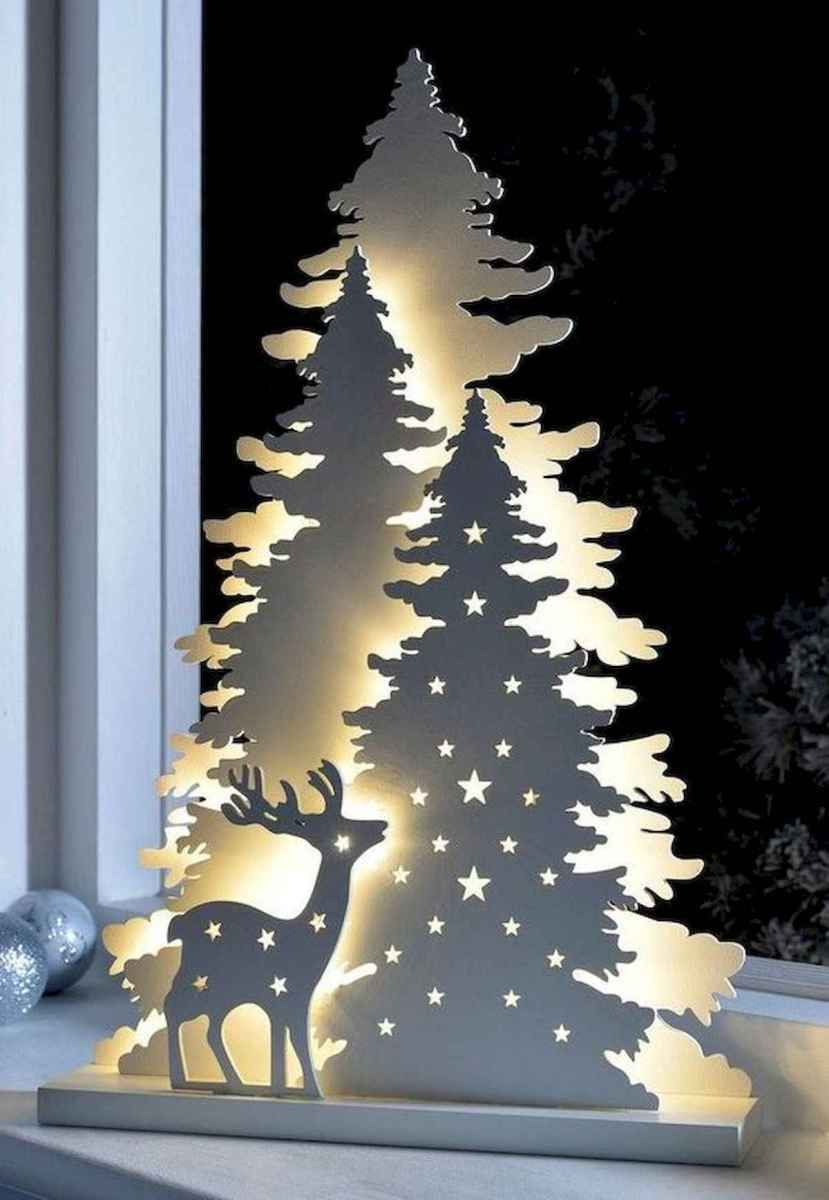 70 Awesome Christmas Lights Apartment Decorating Ideas And Makeover (14)