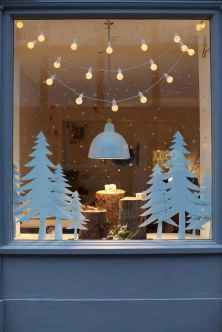70 Awesome Christmas Lights Apartment Decorating Ideas And Makeover (50)