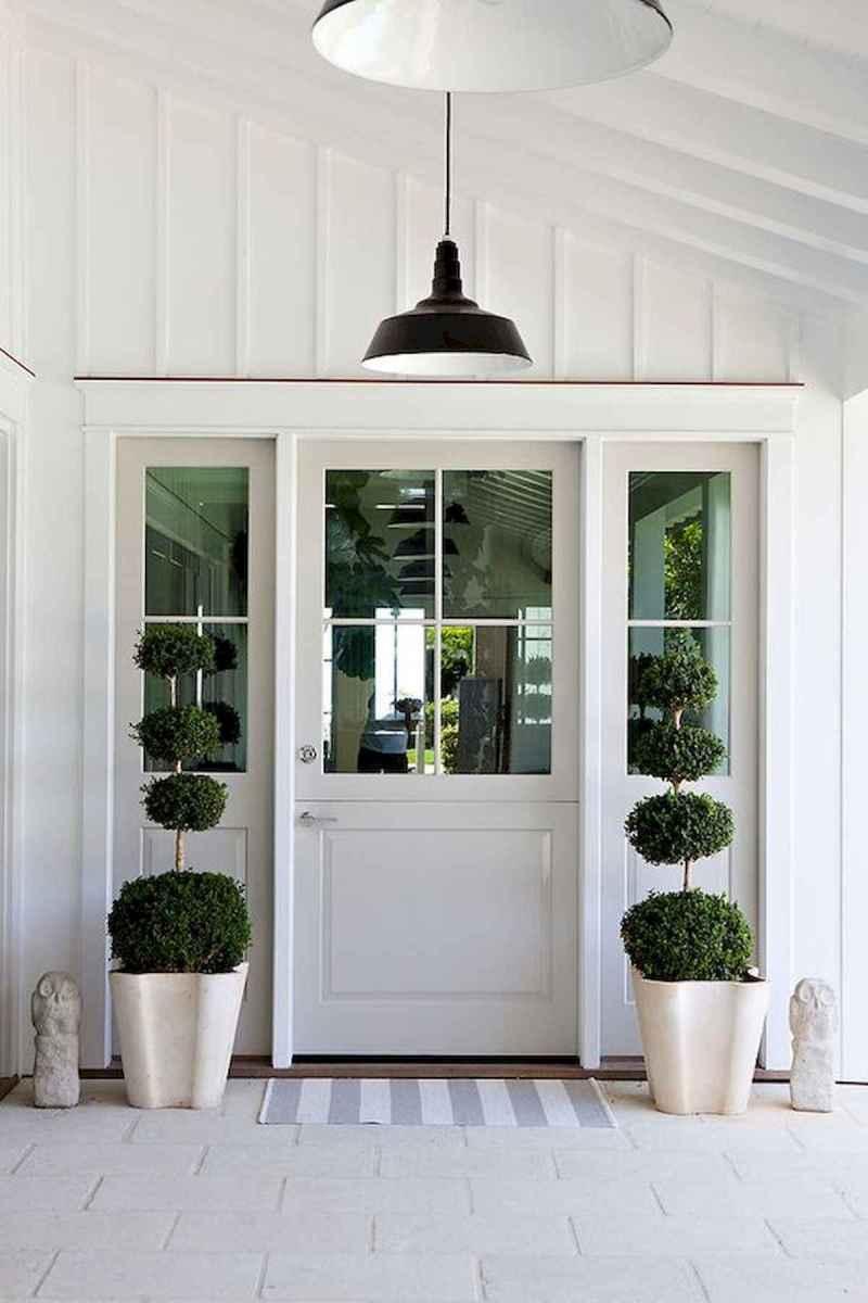 70 Best Modern Farmhouse Front Door Entrance Design Ideas (20)