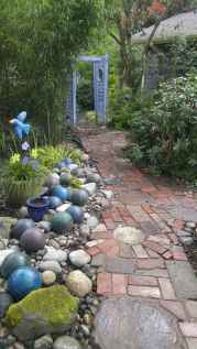 24 Beautiful DIY Garden Ball Ideas (1)