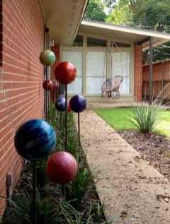 24 Beautiful DIY Garden Ball Ideas (4)