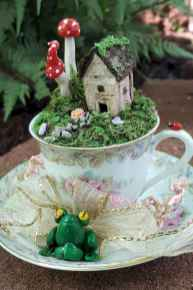 40 Easy DIY Teacup Mini Garden Ideas to Add Bliss to Your Home (26)