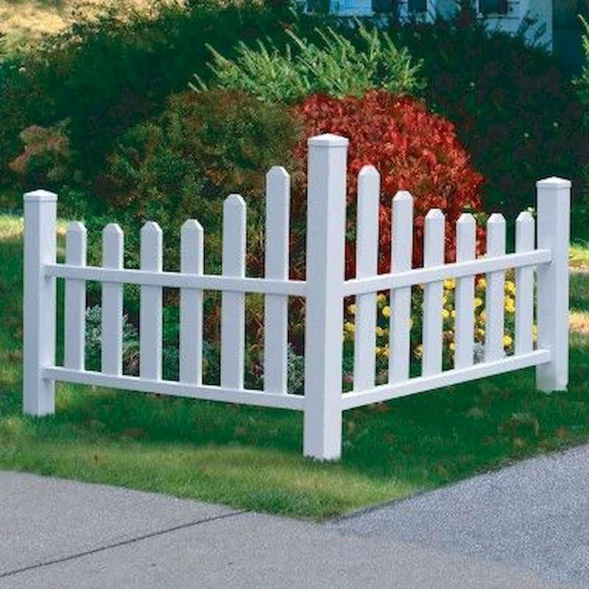 40 Unique Garden Fence Decoration Ideas (4)