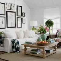 50 Rustic Farmhouse Living Room Decor Ideas (37)