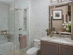 54 Amazing Small Bathroom Remodel Ideas (3)