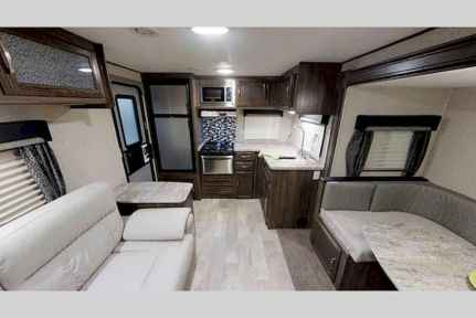 60 Best RV Living Ideas and Tips Remodel (20)