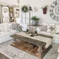 60 Stunning Farmhouse Home Decor Ideas On A Budget (1)