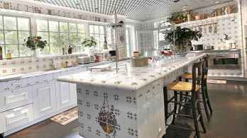 70 Luxury White Kitchen Design Ideas And Decor (47)