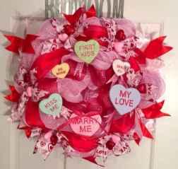 25 Easy DIY Valentines Wreath Ideas (28)