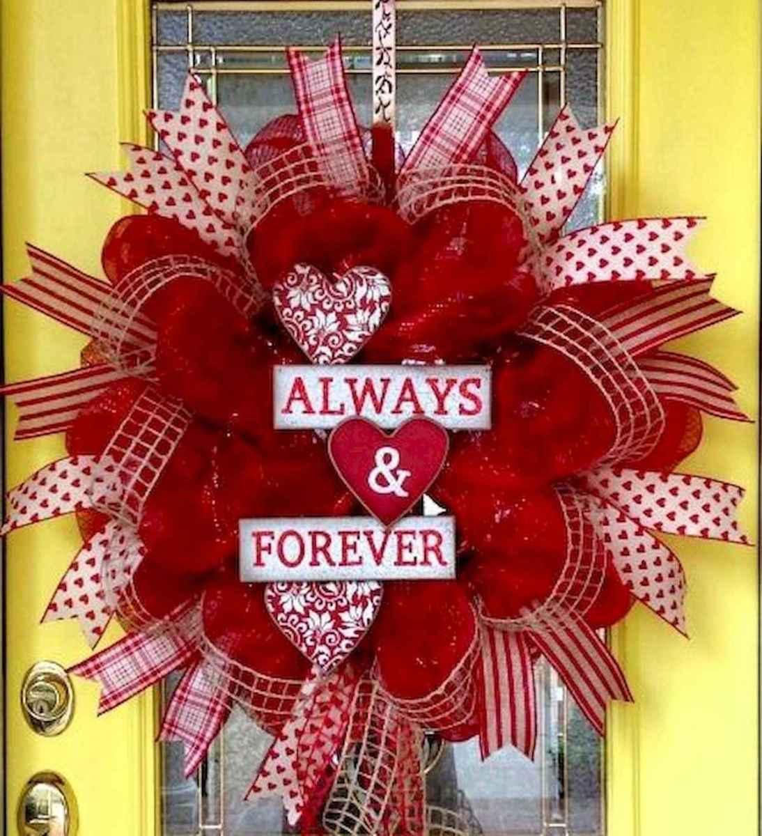 25 Easy DIY Valentines Wreath Ideas (29)