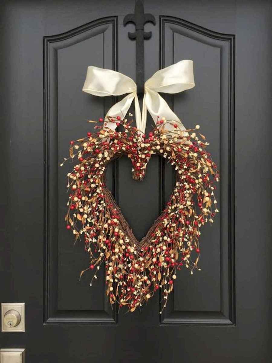 25 Easy DIY Valentines Wreath Ideas (31)