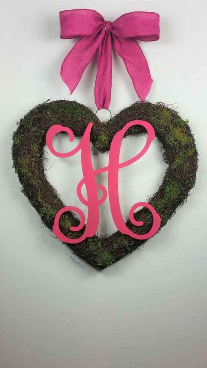 25 Easy DIY Valentines Wreath Ideas (44)