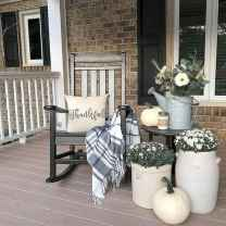 40 Awesome Farmhouse Porch Design Ideas And Decorations (28)