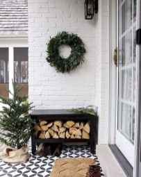 40 Awesome Farmhouse Porch Design Ideas And Decorations (29)