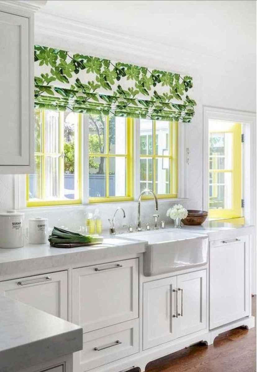 50 Best White Kitchen Design Ideas To Inspiring Your Kitchen (21)