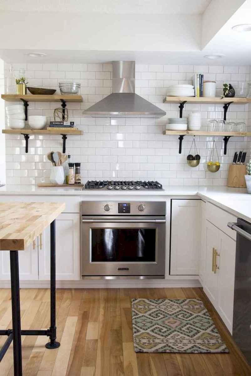 50 Best White Kitchen Design Ideas To Inspiring Your Kitchen (44)