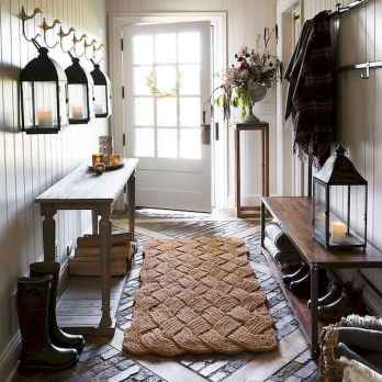 50 Stunning Farmhouse Entryway Design Ideas You Must Try In 2019 (12)