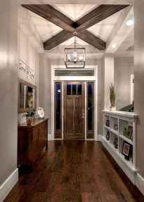 50 Stunning Farmhouse Entryway Design Ideas You Must Try In 2019 (33)