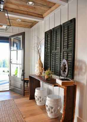 50 Stunning Farmhouse Entryway Design Ideas You Must Try In 2019 (38)