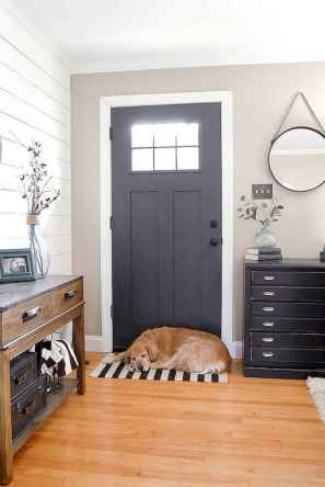 50 Stunning Farmhouse Entryway Design Ideas You Must Try In 2019 (52)