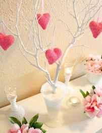 100 Easy DIY Valentines Decorations Ideas (94)