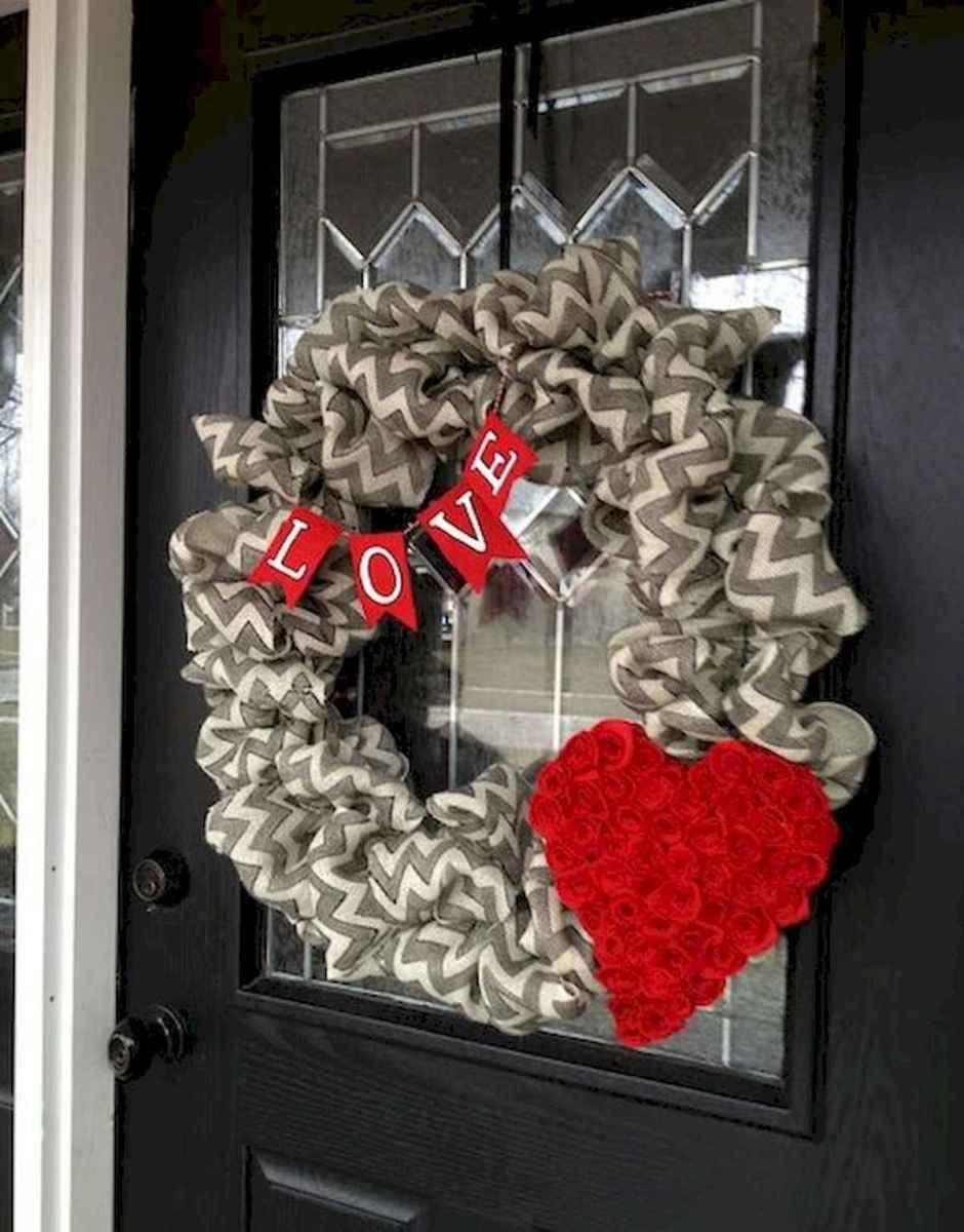 50 Romantic Valentines Day Decor Ideas (21)