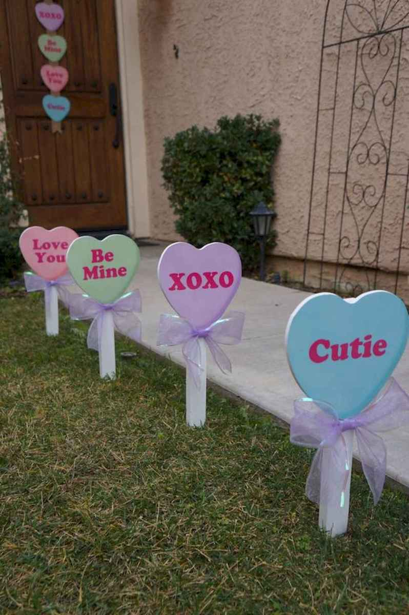 50 Romantic Valentines Day Decor Ideas (5)
