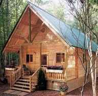 70 Fantastic Small Log Cabin Homes Design Ideas (18)