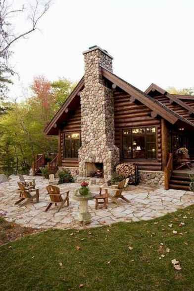 70 Fantastic Small Log Cabin Homes Design Ideas (58)
